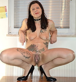 Inked Moms Porn Pictures