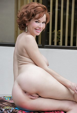 Moms Butt Porn Pictures
